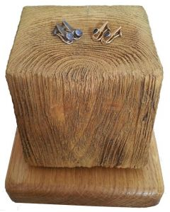 Beach Groyne jewellery Stand - stump ideal for small items