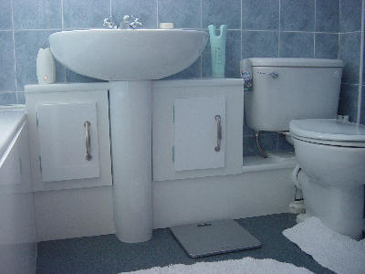 Bathroom Suite Completed